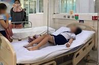 Vụ 32 học sinh tiểu học nhập viện cấp cứu: Nghi ngộ độc do chơi đất nặn slam