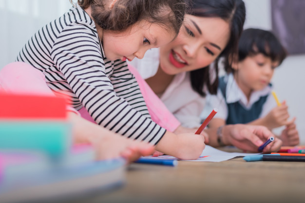Chia sẻ của bà mẹ ở Hà Nội có con là quán quân cuộc thi tiếng Anh: Tôi gặp nhiều trẻ bị rối loạn ngôn ngữ vì bố mẹ dạy con biết tiếng Anh trước tiếng Việt-2