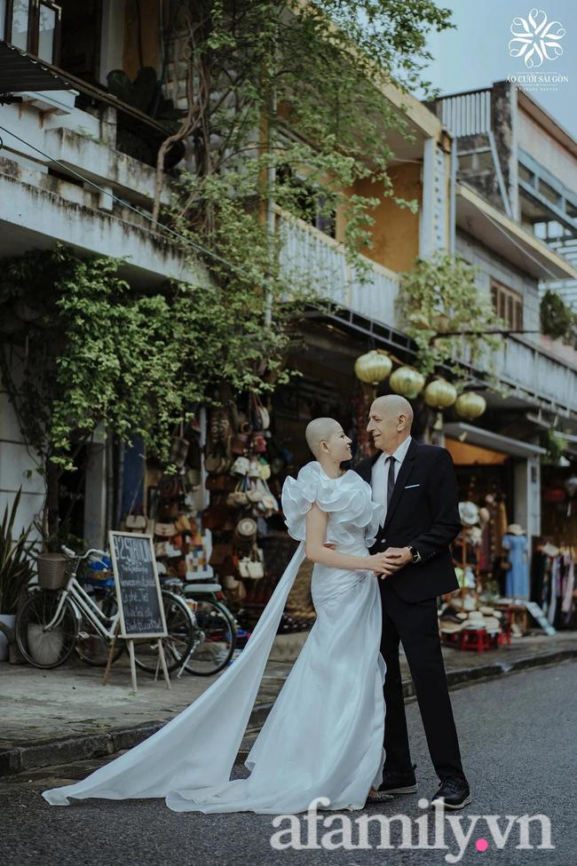 Chuyện tình của cặp đôi vợ Việt chồng Mỹ chênh nhau 37 tuổi: Cô dâu làm việc táo bạo trước ngày chụp ảnh cưới khiến chú rể khóc ngay tại chỗ!-8