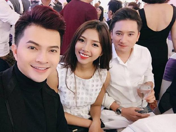 5 năm yêu của Phan Mạnh Quỳnh và vợ hot girl: Từng bịhoài nghi đến màn cầu hôn gây sốt, chàng cưng nàng số 1 thấy mà ghen!-3