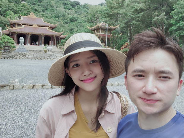 5 năm yêu của Phan Mạnh Quỳnh và vợ hot girl: Từng bịhoài nghi đến màn cầu hôn gây sốt, chàng cưng nàng số 1 thấy mà ghen!-14