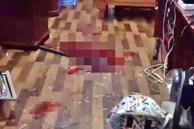Kinh hoàng: Nam thanh niên giết bạn gái rồi dùng dao đâm nhiều nhát vào bụng, lao vào đầu xe ô tô tự sát