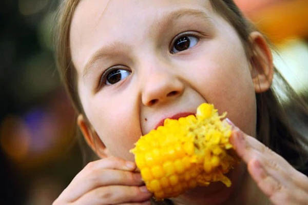 Điều gì xảy ra với cơ thể khi bạn ăn ngô thường xuyên?
