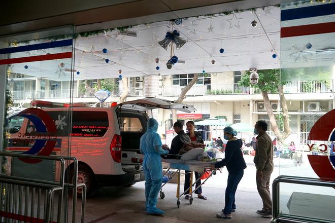 Lãnh đạo Bệnh viện Bạch Mai: Dịch vụ đang tốt dần lên nhưng tất cả búa rìu đều Giáo sư Nguyễn Quang Tuấn phải chịu-3