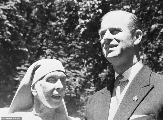 Chuyện ít biết về mẹ ruột Hoàng tế Philip: Bị câm điếc bẩm sinh, phát bệnh tâm thần vì lý do bí ẩn và cái chết thanh thản trong cung điện-8