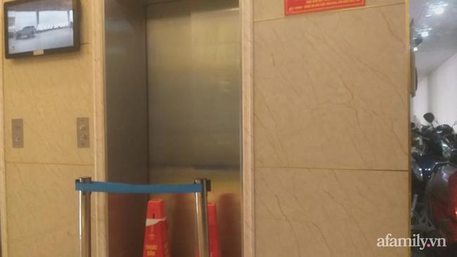 Vụ rơi thang máy khiến cả gia đình 11 người gặp nạn ở Hà Nội: Mỏi mòn chờ đợi đền bù, nạn nhân tiếp tục cầu cứu-1