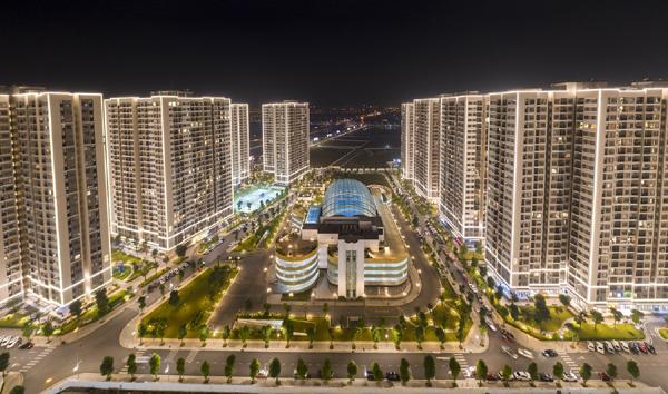 Hàng nghìn ứng viên tham dự đại hội tuyển dụng tư vấn bất động sản Vinhomes-7