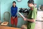Mẹ thường vắng nhà, bé gái 15 tuổi bị cha dượng U40 làm bậy đến có thai gần 6 tháng-2