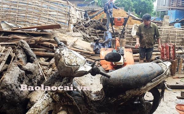 Lũ ống kinh hoàng làm 3 người tử vong ở Lào Cai: Cả nhà đang ngủ say giấc thì thấy mặt đất rung chuyển-1