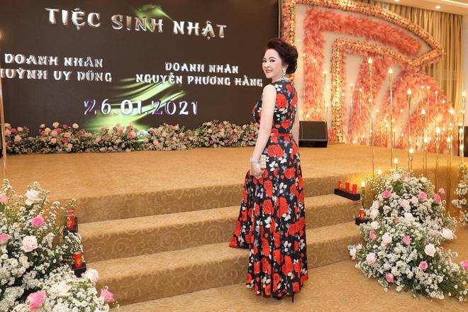 Nhan sắc nữ đại gia đáp trả Trang Trần em có chửi chị 1000 lần chị vẫn xinh đẹp, ở trong lòng công chúng-5