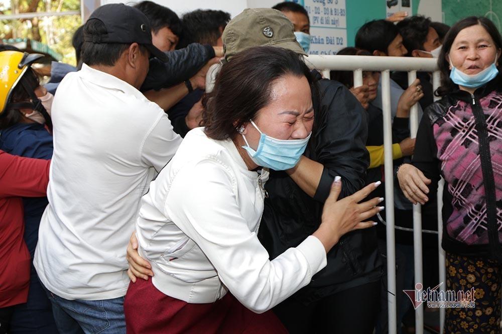 Vé xem Công Phượng đấu Quang Hải: Cháy và giá tăng không tưởng-3