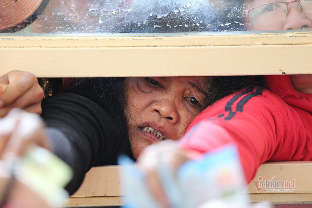 Vé xem Công Phượng đấu Quang Hải: Cháy và giá tăng không tưởng-8