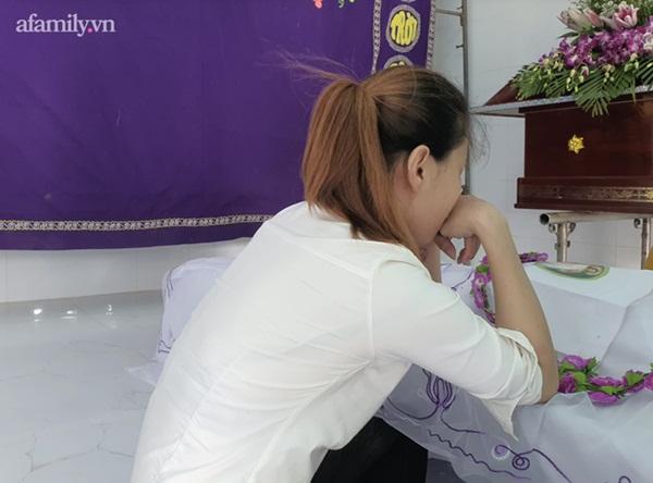 Mẹ đau đớn kể về thời khắc phát hiện con gái 5 tuổi tử vong tại bãi đất trống, nghi bị xâm hại rồi sát hại-4