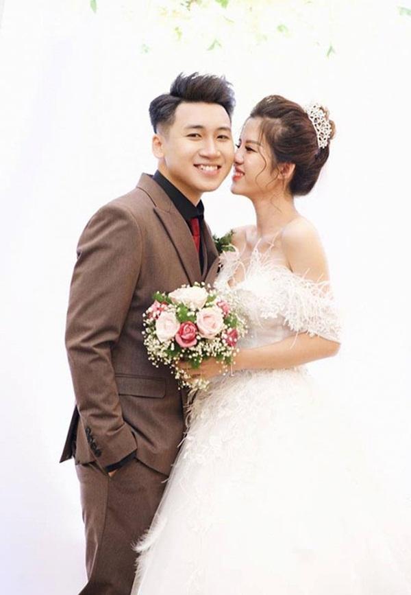 HOT: Huy Cung xác nhận đã ly hôn vợ hot girl, lý do không còn hợp nhau trong suy nghĩ và lối sống nữa-1