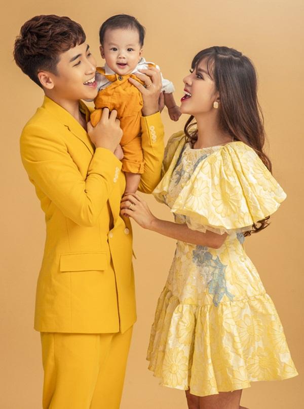 HOT: Huy Cung xác nhận đã ly hôn vợ hot girl, lý do không còn hợp nhau trong suy nghĩ và lối sống nữa-2