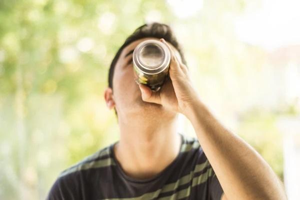 Chàng trai 21 tuổi bị suy tim, suy thận vì loại thức uống tưởng chừng bổ dưỡng mà nhiều người trẻ yêu thích-3