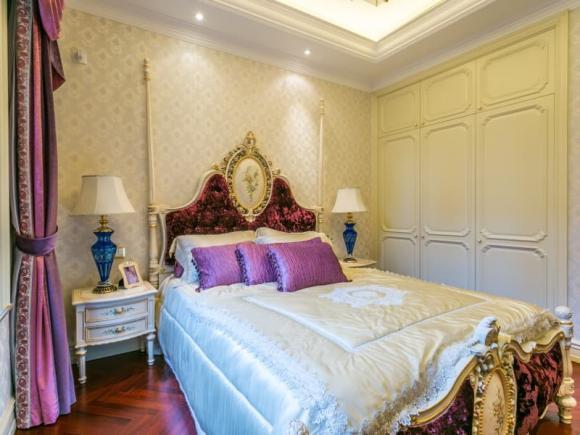 Một khi giường trong phòng ngủ được bày ra như thế này, tài sản của gia đình sẽ bị tiêu tan-1