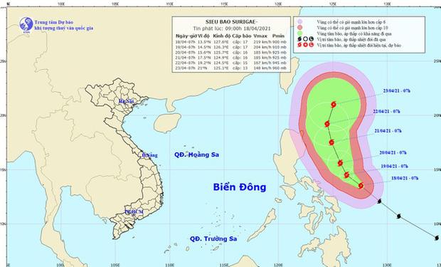 Siêu bão Surigae đang gây gió giật cấp 8, các tỉnh chủ động thông báo cho tàu thuyền trên biển Đông-1
