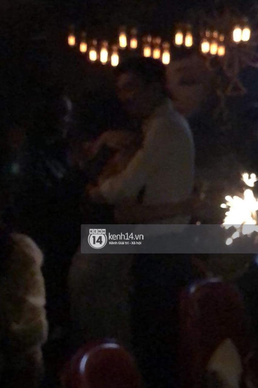 """Hình ảnh Quốc Trường ôm hôn Minh Hằng tại quán bar chính thức đã có câu trả lời của nữ chính""""-3"""