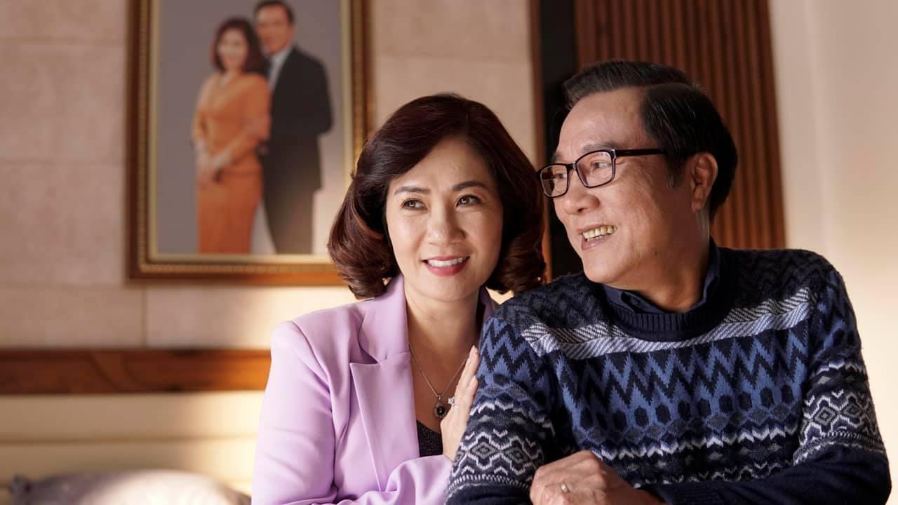 NSND Trọng Trinh bị vợ cấm đóng phim sau cảnh táo bạo hôn bạn diễn nữ-2