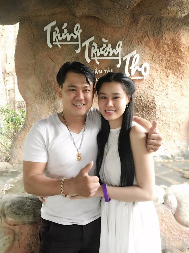 Linh Lan tuyên bố không nhận tiền phúng điếu, ẩn ý vợ cũ NS Vân Quang Long đứng sau vụ đòi giấy tờ huyết thống của bé Helen?-6