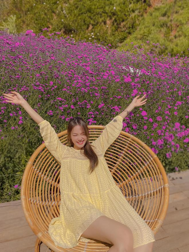 Minh Hằng ngày càng  xinh đẹp, còn được tung hô là nữ thần trên báo Trung: Hoá ra là do đang yêu?-16