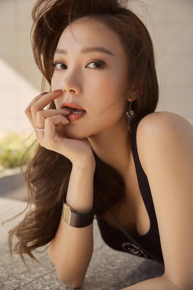 Minh Hằng ngày càng  xinh đẹp, còn được tung hô là nữ thần trên báo Trung: Hoá ra là do đang yêu?-22