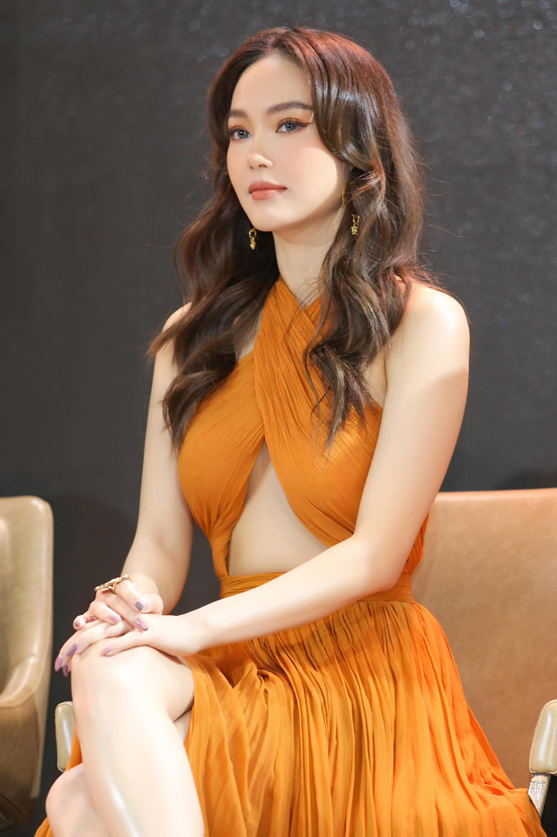 Minh Hằng ngày càng  xinh đẹp, còn được tung hô là nữ thần trên báo Trung: Hoá ra là do đang yêu?-14