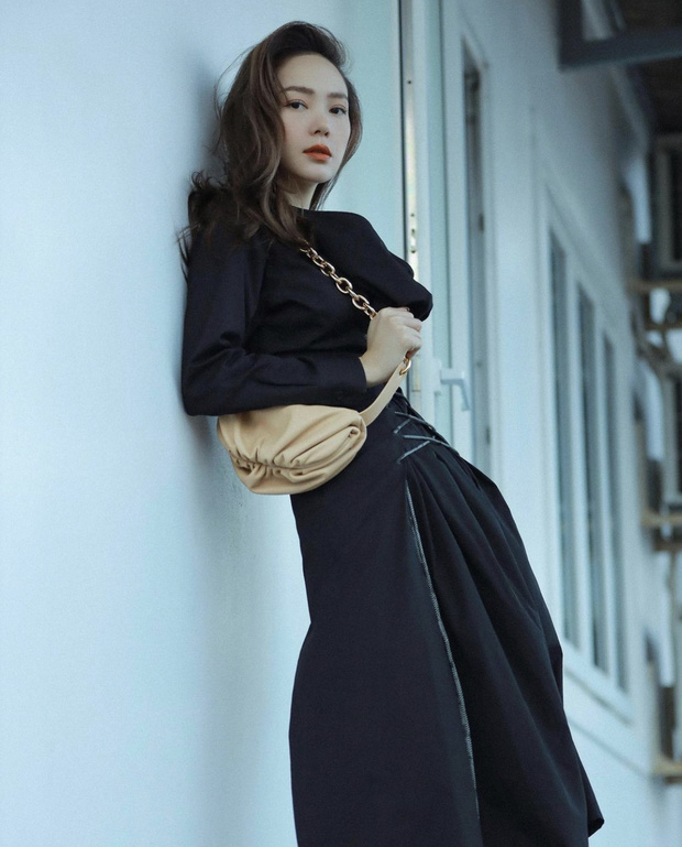 Minh Hằng ngày càng  xinh đẹp, còn được tung hô là nữ thần trên báo Trung: Hoá ra là do đang yêu?-5
