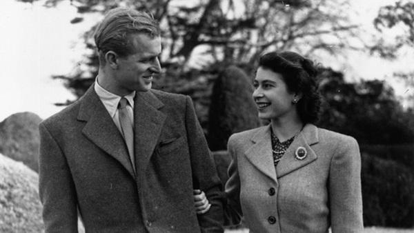 Công chúng xót xa khi nhận ra Nữ hoàng Anh sắp phải trải qua một sinh nhật cô đơn nhất trong suốt 7 thập kỷ-3