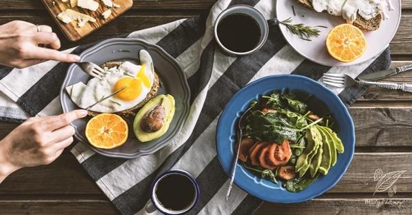 """Ung thư rất ưa thích"""" 2 kiểu bữa sáng này, bạn càng ăn nhiều, tế bào ung thư càng hoạt động mạnh-1"""