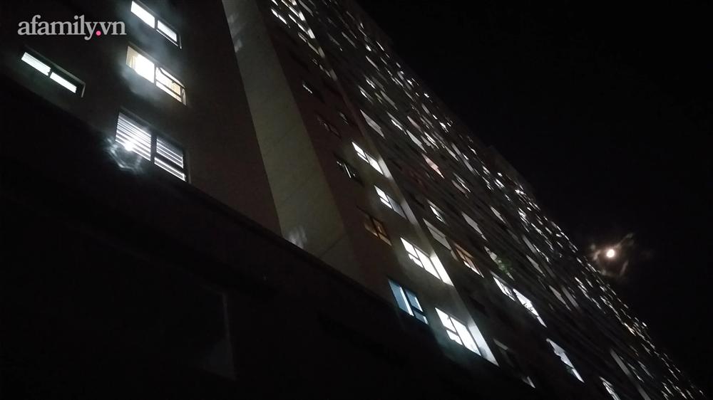 Bé gái rơi từ tầng 24 chung cư tử vong thương tâm-2
