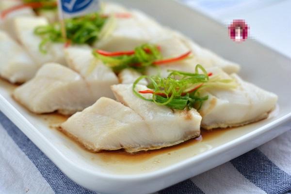 Người dùng máy tính hàng ngày nếu thường xuyên ăn loại cá này sẽ tốt hơn ăn thịt, chỉ mất 5 phút hấp là cực thơm ngon-1