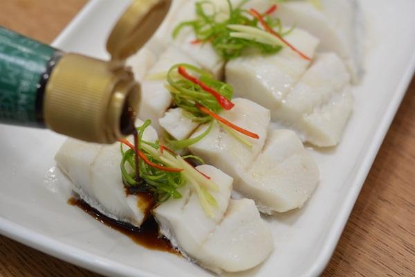 Người dùng máy tính hàng ngày nếu thường xuyên ăn loại cá này sẽ tốt hơn ăn thịt, chỉ mất 5 phút hấp là cực thơm ngon-10
