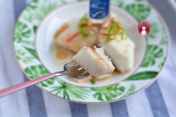 Người dùng máy tính hàng ngày nếu thường xuyên ăn loại cá này sẽ tốt hơn ăn thịt, chỉ mất 5 phút hấp là cực thơm ngon-12