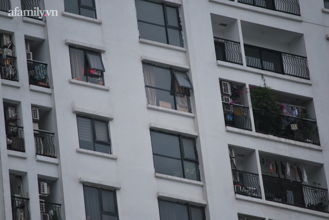 Từ vụ bé gái rơi từ tầng 24 chung cư tử vong: Rất nhiều cảnh báo nhưng tai nạn đau lòng vẫn liên tiếp xảy ra, đâu là nguyên nhân?-2