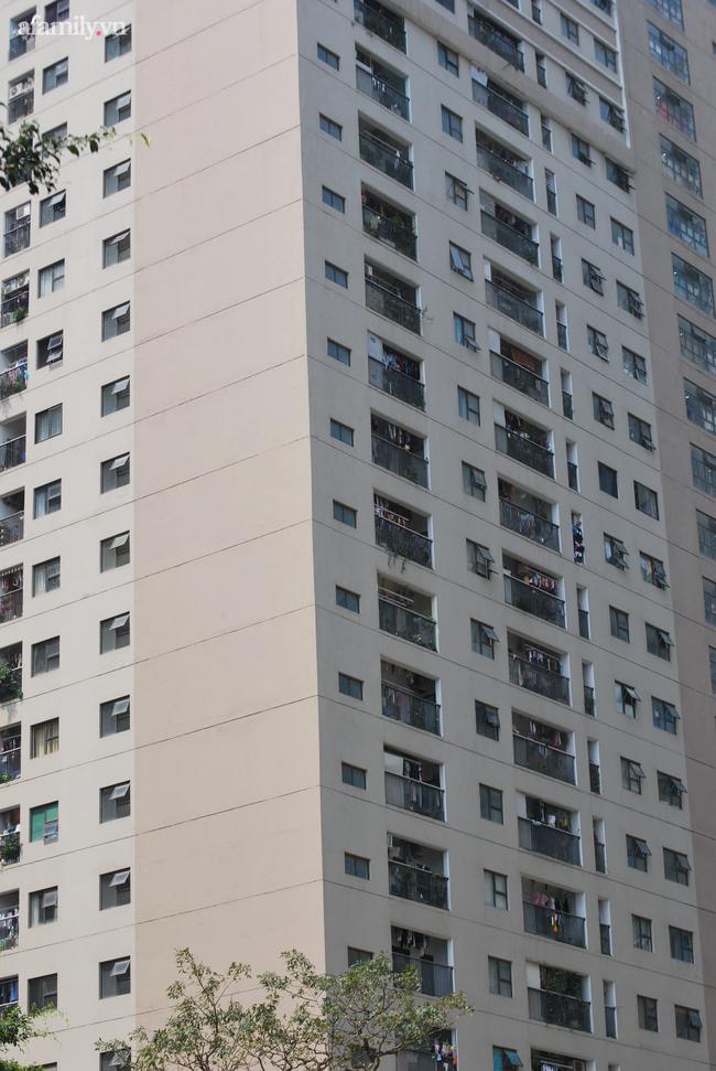 Từ vụ bé gái rơi từ tầng 24 chung cư tử vong: Rất nhiều cảnh báo nhưng tai nạn đau lòng vẫn liên tiếp xảy ra, đâu là nguyên nhân?-11