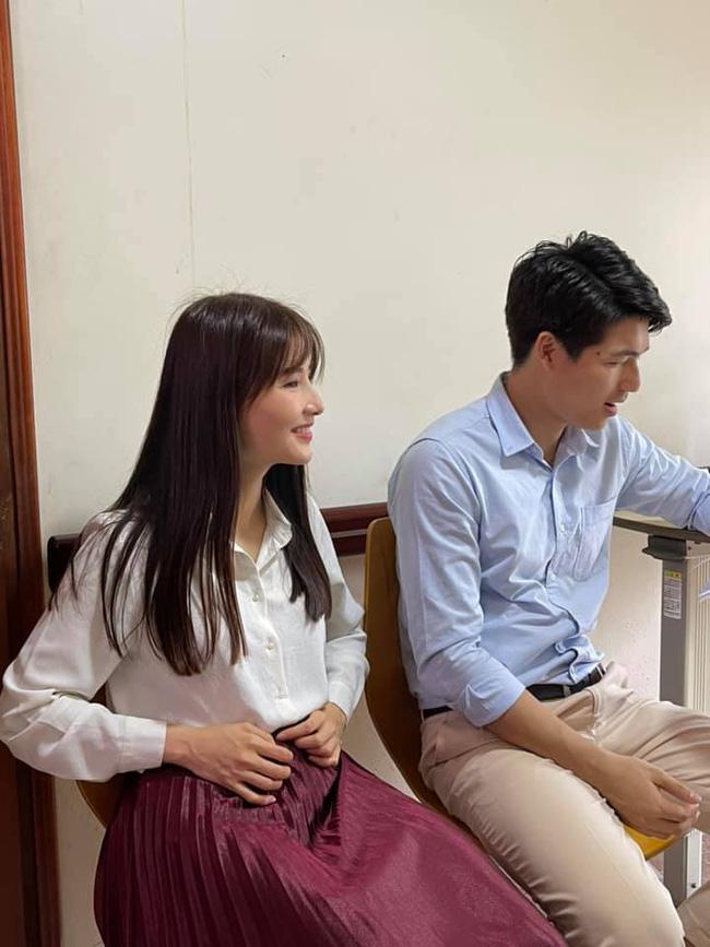 Hết Minh Hằng rồi đến Diễm My 9x khoe style công sở chuẩn sành điệu và thanh lịch trong phim mới-6