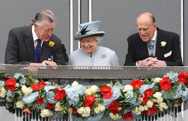 Đúng vào ngày tang lễ của chồng, Nữ hoàng Anh đón nhận thêm 1 tin buồn, tiết lộ mong ước của bà trong ngày sinh nhật-1