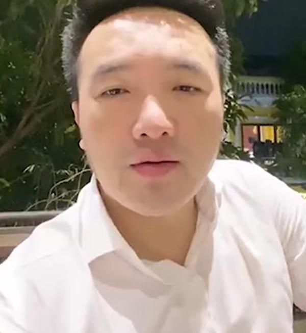 Dương Ngọc Thái hé lộ cuộc gọi với vợ cũ Vân Quang Long, bức xúc vì bị ném đá từ chuyện đôi giày đến món quà cố NS tặng con-1