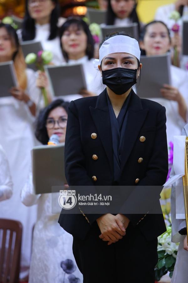 Dương Ngọc Thái hé lộ cuộc gọi với vợ cũ Vân Quang Long, bức xúc vì bị ném đá từ chuyện đôi giày đến món quà cố NS tặng con-5