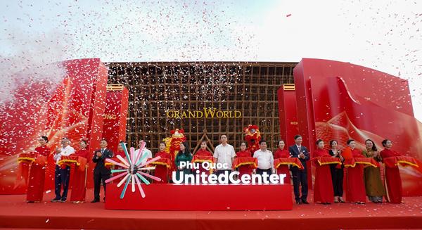 Vingroup khai trương siêu quần thể nghỉ dưỡng, vui chơi, giải trí hàng đầu Đông Nam Á-1