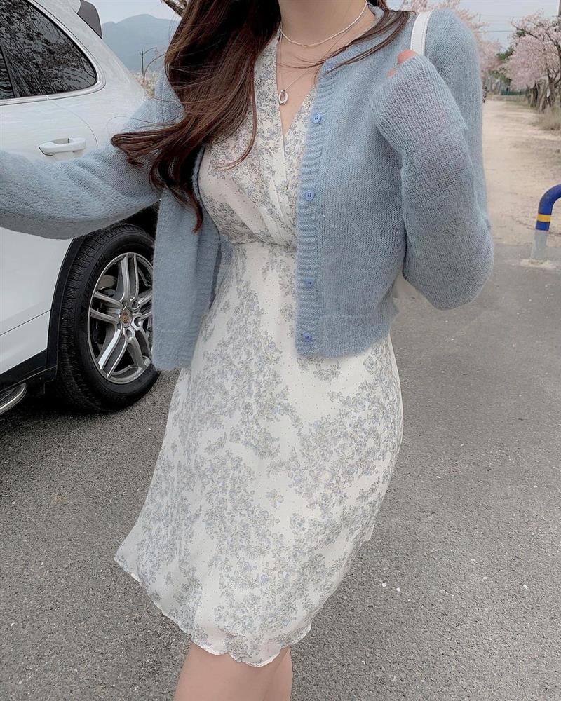 10 công thức diện váy hoa xinh mê tơi từ hội gái Hàn, phải lưu ngay để Hè này còn áp dụng-8