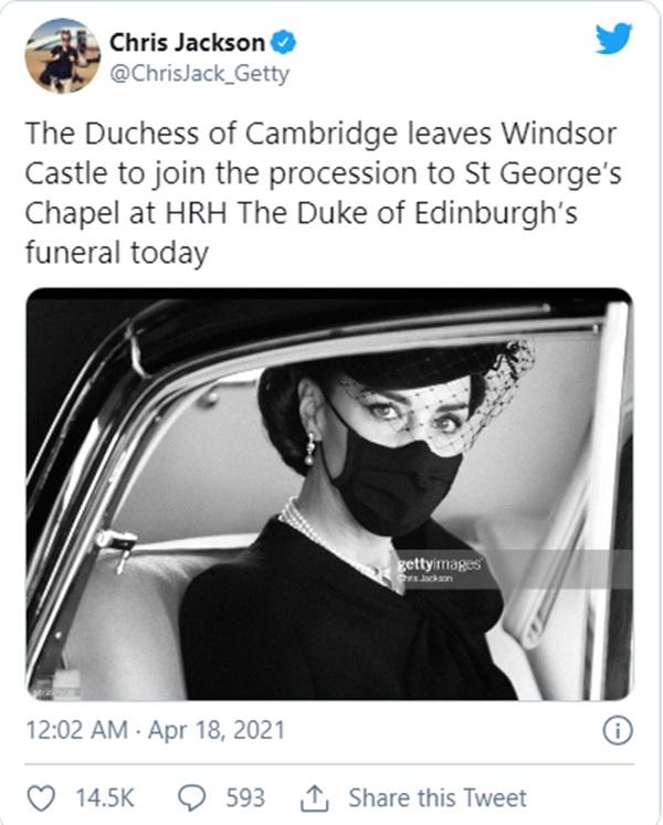 Điều ít biết đằng sau bức ảnh gây bão MXH, đi vào lịch sử của Công nương Kate tại tang lễ Hoàng tế Philip-2