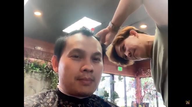 """Quách Phú Thành"""" Việt Nam: 52 tuổi vẫn độc thân, bỏ hát đi cắt tóc tại Mỹ-4"""