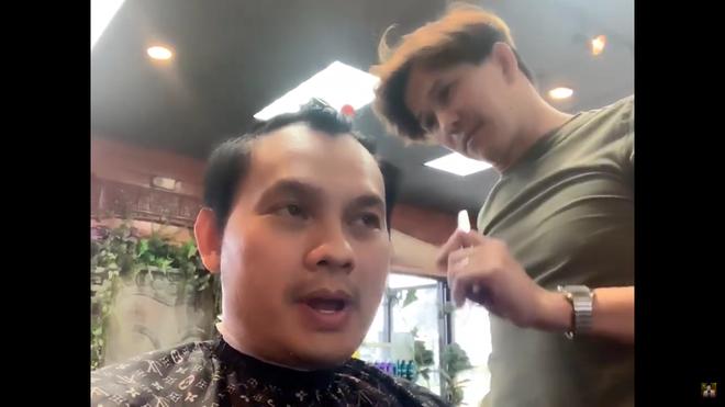 """Quách Phú Thành"""" Việt Nam: 52 tuổi vẫn độc thân, bỏ hát đi cắt tóc tại Mỹ-5"""