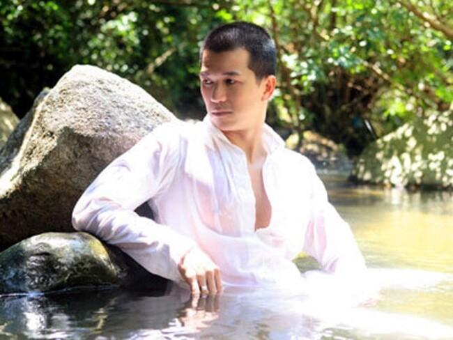 """Quách Phú Thành"""" Việt Nam: 52 tuổi vẫn độc thân, bỏ hát đi cắt tóc tại Mỹ-1"""