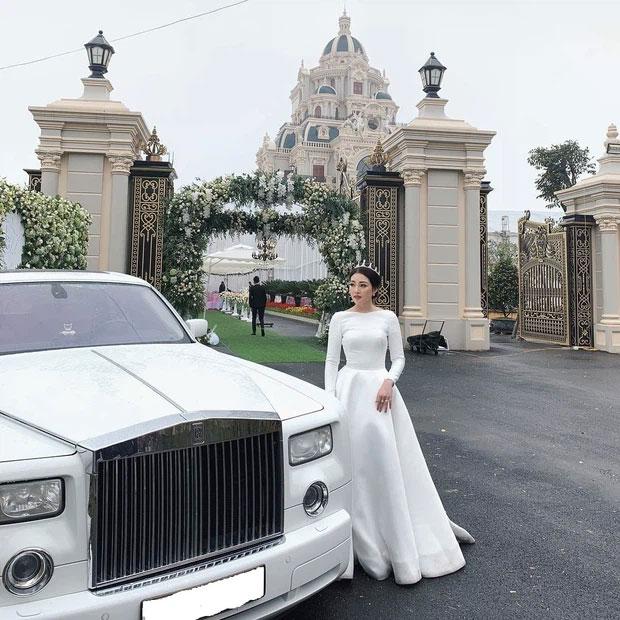 """Rolls-Royce đã tạo nét trên đường đua"""" đẳng cấp của hội con nhà giàu Việt như thế nào?-8"""