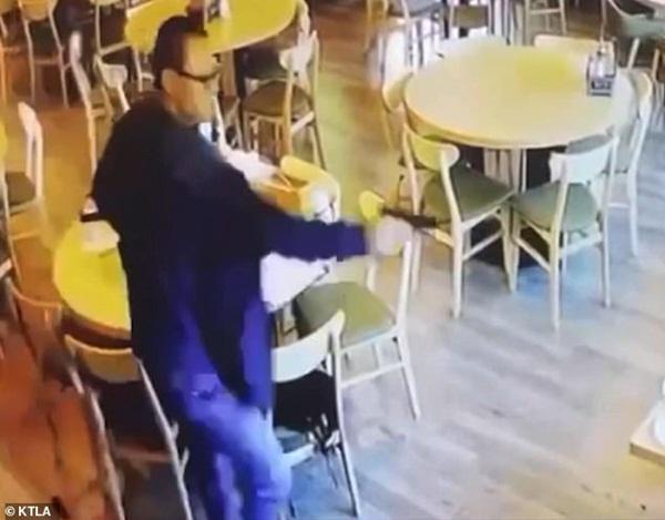 Vào nhà hàng ăn tối, đôi nam nữ gốc Á bị bắn chết tại chỗ, video ghi lại cảnh hiện trường gây ám ảnh-2