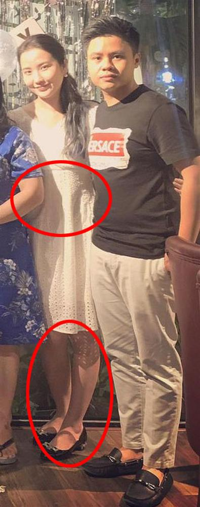 Mặc váy rộng, dấu khéo vòng 2 và thói quen ăn uống khác lạ khiến người hâm mộ hoài nghi vợ Phan Thành mang thai?-3